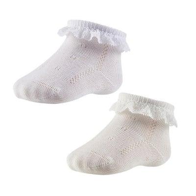 Къси бели чорапи с дантелка