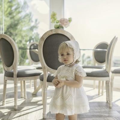 Луксозна рокля в бяло